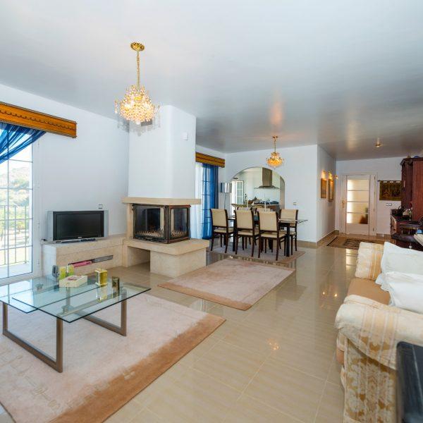 DD009 - 4 Bedroom Villa <br></br> 4🛌 4🛁